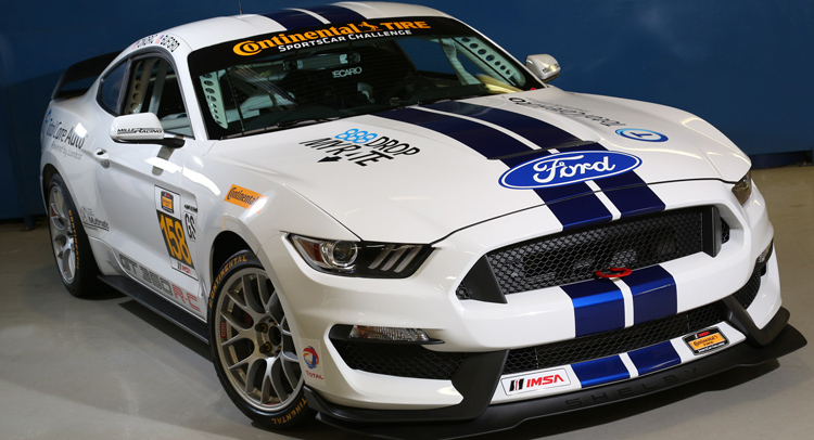 Ford-Mustang-GT35R-C-0