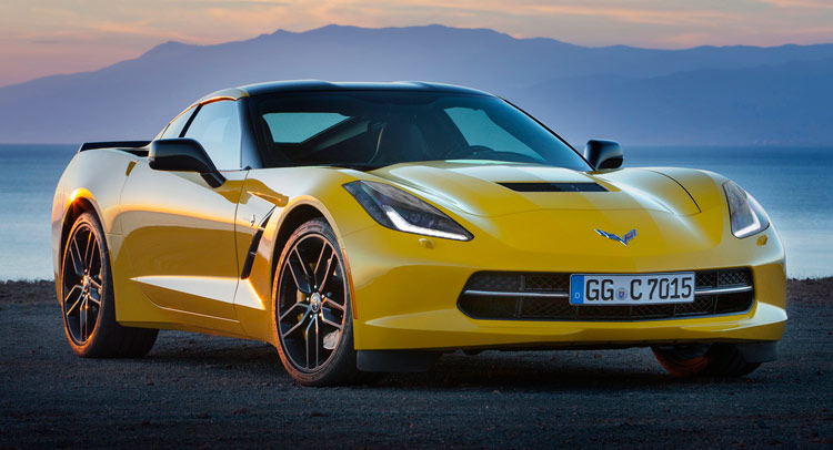 Chevrolet-Corvette-Stingray-Coupe-00