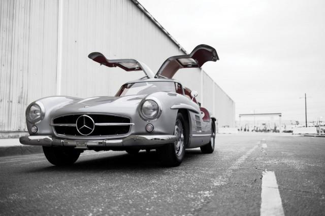 Mercedes-Benz-300SL-Alloy-Gullwing11-640x426