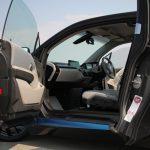 BMW i3洗車。なぜか後部座席のドアを開けると車内が臭くなる怪現象
