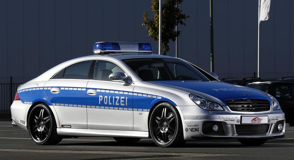 17_Mercedes_Benz_Brabus_CLS_Rocket_Police_Cruiser_3
