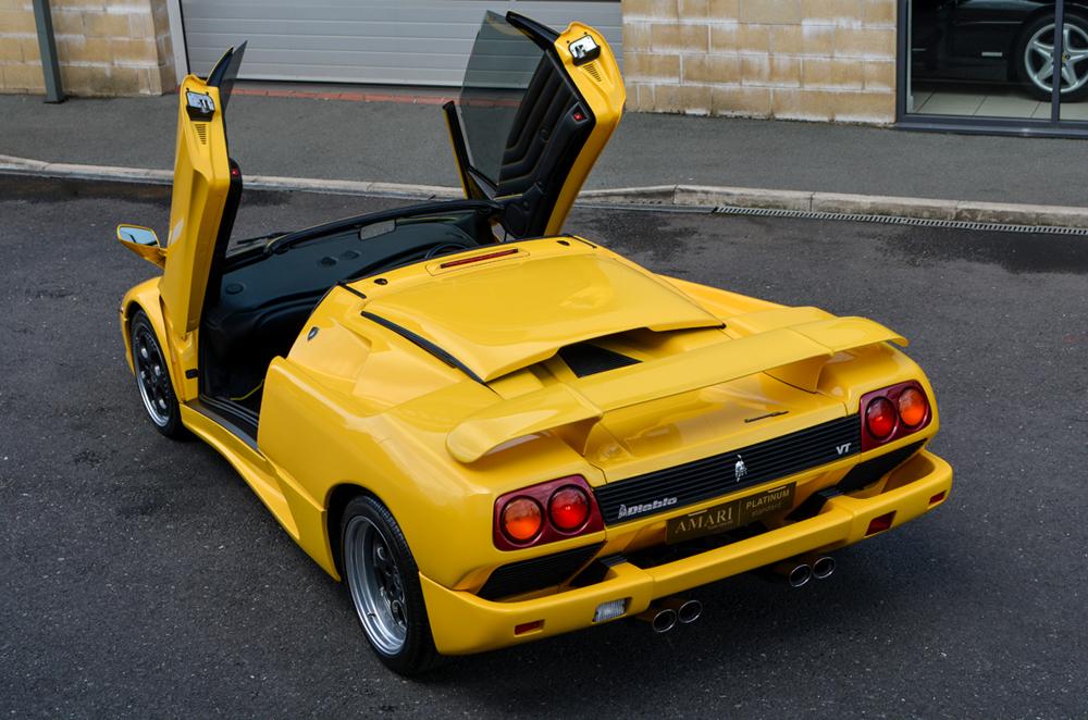 1999-lamborghini-diablo-vt-roadster-27
