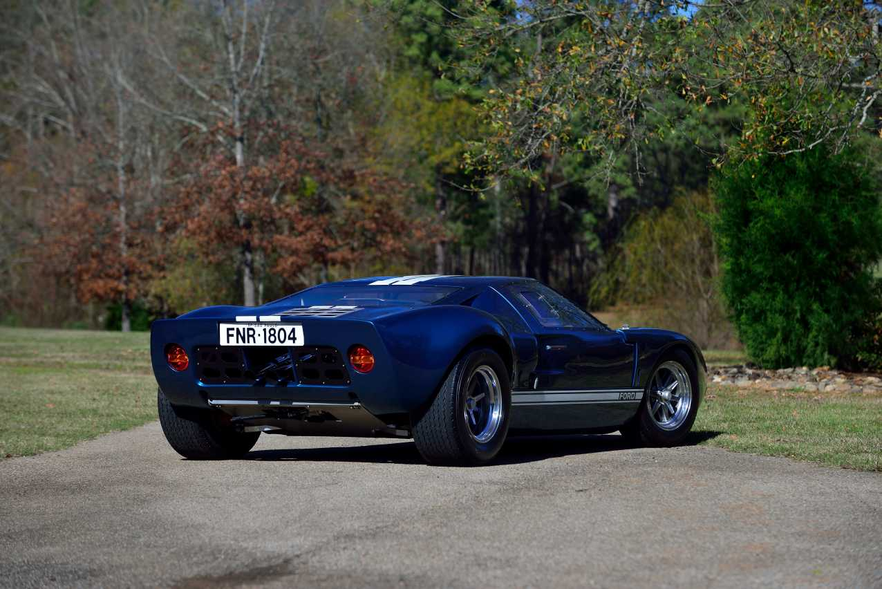 1965-Ford-GT40-replica-fast-five-4