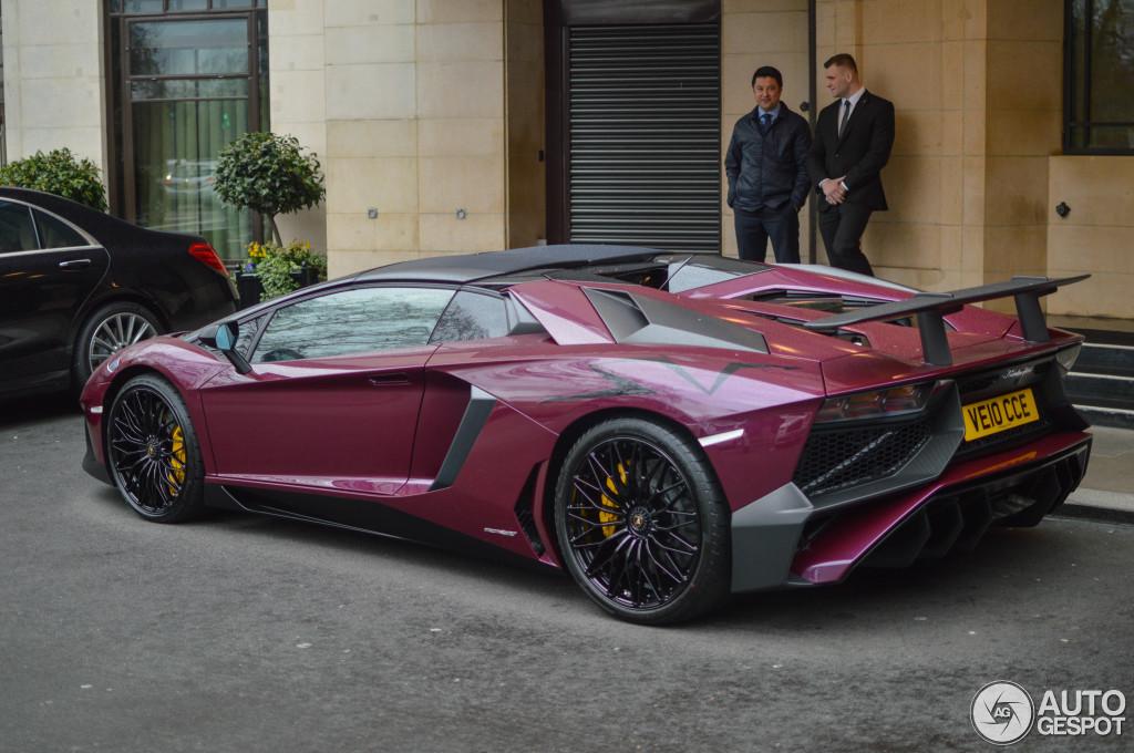lamborghini-aventador-lp750-4-superveloce-roadster-c235427032016214120_2