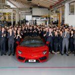 ランボルギーニ・アヴェンタドールの生産が5000台に。なおムルシエラゴは10年で4000台