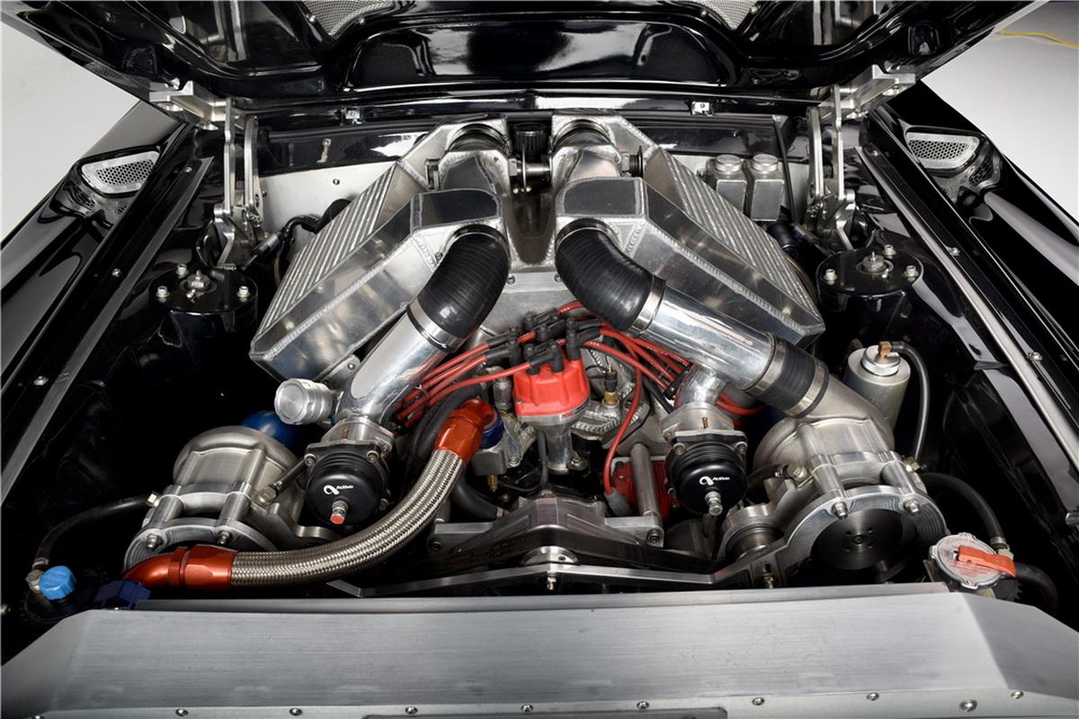 2016-FordMustangObsidian-05