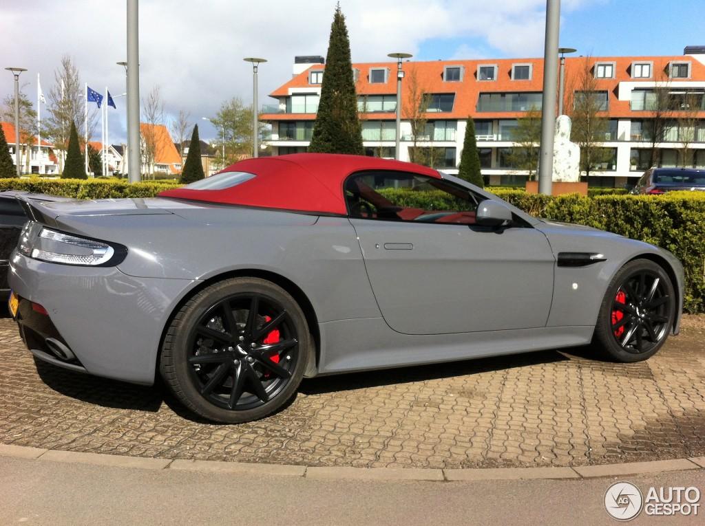 aston-martin-v12-vantage-s-roadster-c973125042016011930_2