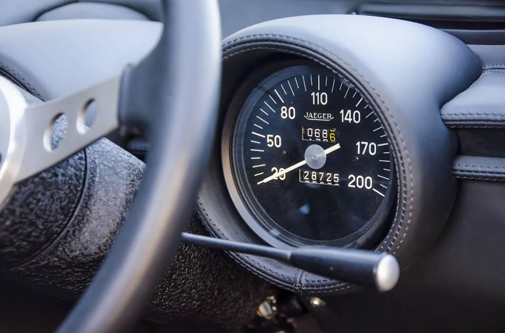 Lamborghini-Miura-SV-14