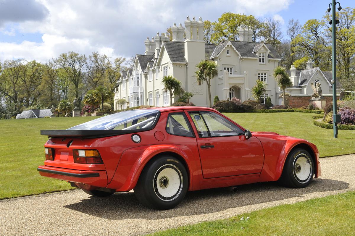 Porsche-924-8