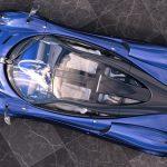 パガーニがブルーカーボン外装のワンオフモデル「パール」公開。ゾンダS風ウイング装着