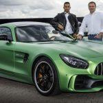 「最も稼ぐスポーツ選手」ランキング発表。1位はロナウド、F1だとハミルトンが10位にランクイン