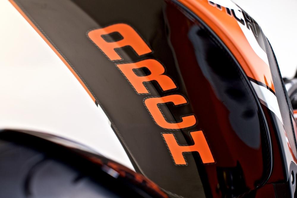 Arch+Orange-Black-White+'16+22_web