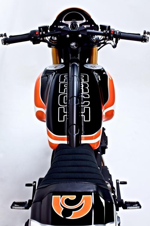 Arch+Orange-Black-White+'16+5_web