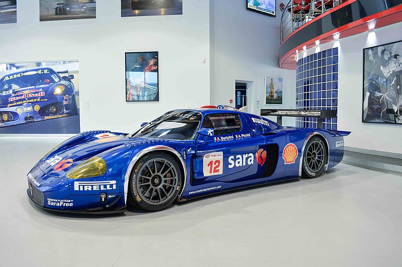 Maserati-MC12-GT1-6