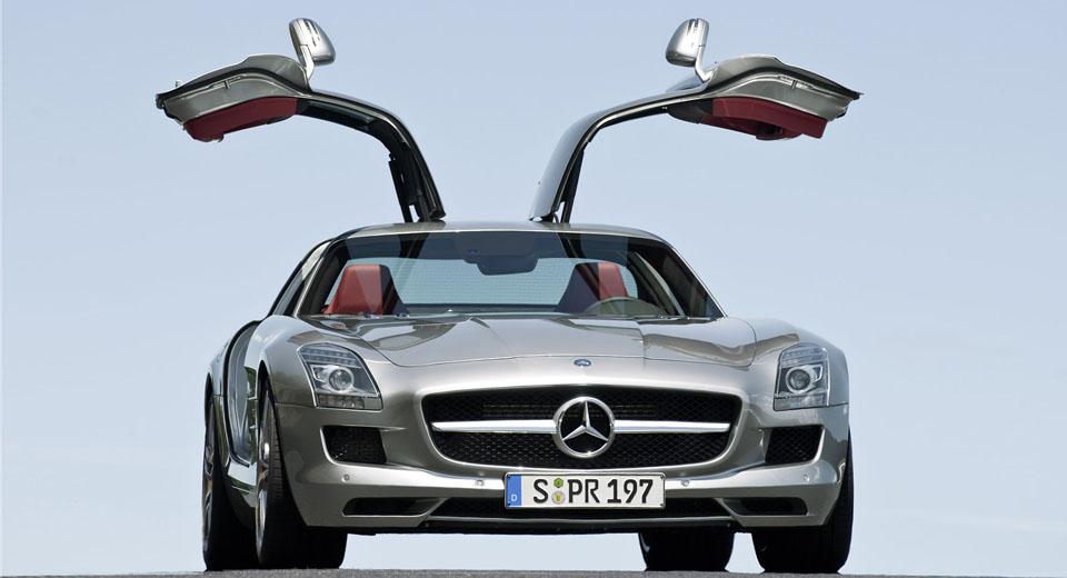Mercedes-Benz-SLS_AMG