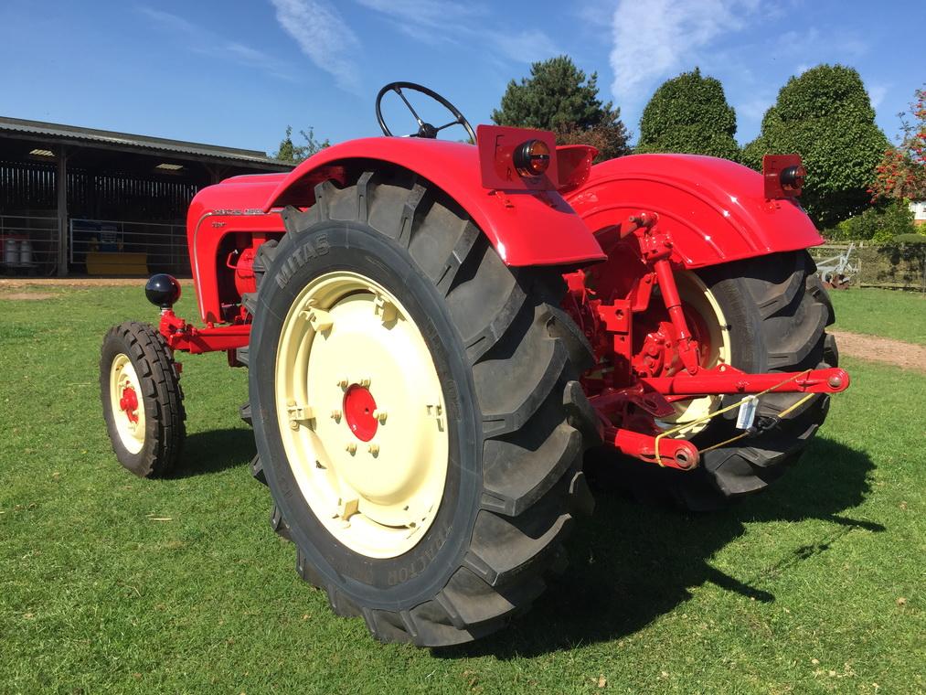 1959-porsche-308-super-tractor-3