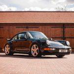 世界にたった一台、4WDのルーフRCT(ポルシェ911/964)が競売に。予想落札価格は1900万円