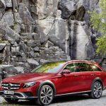 メルセデス・ベンツが「Eクラス・オールテレイン」発表。4WDにエアサス装備の豪華アウトドアワゴン
