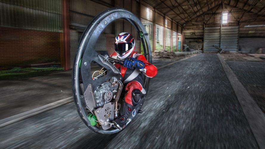 englishman-sets-monowheel-world-speed-record