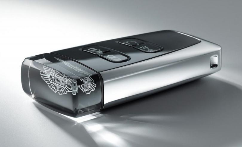 aston-martin-car-key-sapphire-crystal-3-1024x682
