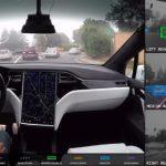 テスラの車載カメラは周囲をこう認識している。ターミネーターっぽい情報処理画面が公開に