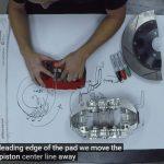 ブレーキについて語ろう。専門家がキャリパー、ローター、パッドについて技術解説する動画