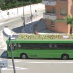 珍アイデア?スペインで屋上を緑化した「ガーデン・バス」登場(動画あり)