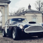 1959年モデルのアストンマーティンDB4GTが走る動画。58年前の車とは思えない素晴らしさ