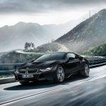 BMWがi8に限定モデル「プロトニック・フローズン・ブラック」を追加。内装はイエローステッチ