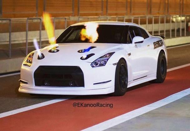 画像に alt 属性が指定されていません。ファイル名: Ekanoo-Racing-GT-R.jpg