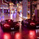 またもやドバイ。世界最大のインドアテーマパークにマクラーレンP1 GTRが2台展示