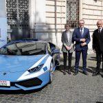 ランボルギーニ・ウラカンがイタリアにて「2台目」のパトカーに。ほかランボルギーニのパトカーを紹介