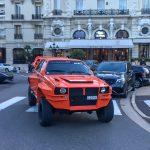 モナコで目撃された「変な車」。ランチア・デルタ・インテグラーレ風の「何か」