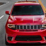 0-100キロ加速3.5秒。SUV最速、「ジープ・グランドチェロキー・トラックホーク」登場