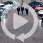 アストンマーティンが新動画公開。工場の中をアストン104年の歴史を刻んできたレーシングカーで爆走