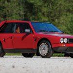 外観は市販車、中身はレースカーのランチア・デルタS4が競売に。予想では6800万円