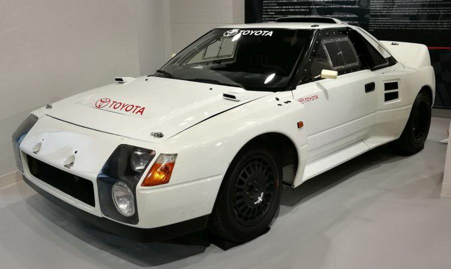 画像に alt 属性が指定されていません。ファイル名: Toyota-222D-01.jpg