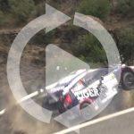 ガードレールがあって良かった!猛スピードで走行中のラリーカーが谷底に落ちそうになる動画