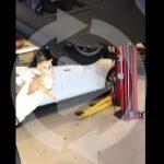 テスラ・モデルXのリアバンパーに子猫が入り込む。その救出劇が動画で公開