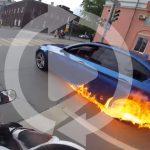 BMW M5が走行中に突如発火。なぜか炎を見たオーナーが急加速して走り去る動画