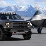 アメリカにて、戦闘機F-22ラプターとフォードF-150ラプターがコラボ。ワンオフにてカスタムされ競売へ
