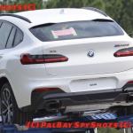 BMW X4の偽装なしスパイフォト。まさかの「メルセデス・ベンツ風」テールランプ装備