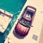 BMWもヨットメーカーとコラボ。ヨットと同じ素材を内装に使用した7シリーズを発表