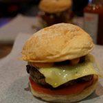 香港へ行ってきた。ミシュランお勧め、ボリューム満点の「ブッチャーズ・クラブ・バーガー」を食してみる