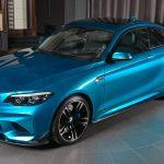 BMWアブダビがM2をカスタム。鮮やかなブルーのボディカラーにカーボン製パーツを装着