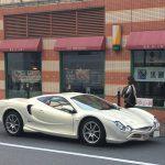 街で見かけたレアな車たち。光岡オロチ、ラーダニーヴァ、googleストリートビュー撮影車
