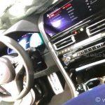新型BMW 8シリーズの内装もリーク。外装同様、頑張ったけど「ちょっと違う?」