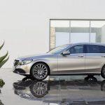 メルセデス・ベンツが「Cクラス・ワゴン」のフェイスリフトを発表。上位モデル譲りの安全性、快適性を獲得