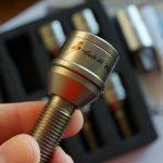 ランボルギーニ・ウラカン用のチタン製ホイールボルトを入手。信頼の日本製「サンダーボルト」