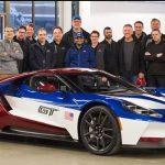 フォード役員専用カラー。レースカー「LM GTE」と同じカラーリングのフォードGTがラインオフ